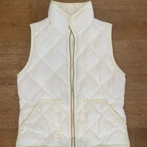 J.Crew White Quilt Vest - size xs